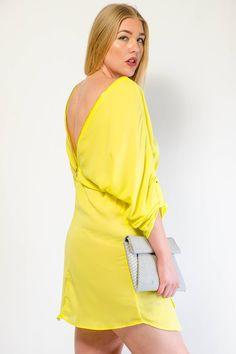 ZIP ME UP SOLID SHORT DRESS $28.99