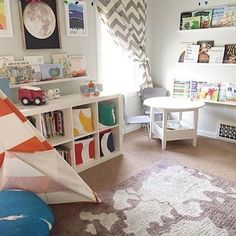 If you think this angle is adorable, you should see the rest of this shared boy room from @ohlovelyday!