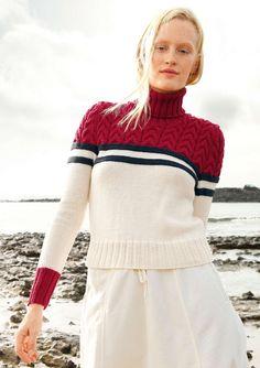 Marine-Look: Pullover mit Zopfmuster