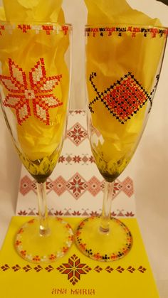 Pahare pictate pentru mirri - nunta traditional/ Painted glasses for bride and groom, traditional wedding.