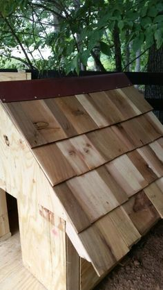 Made Shacker Shingles Out Of Pallet Wood On Side Of My