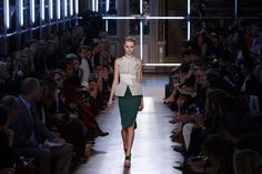 Paris Fashion Week: Roland Mouret SS2013