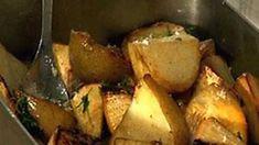 Uunijuurekset Kari Aihisen tapaan - Reseptit - MTVuutiset.fi Coleslaw, Palak Paneer, Mashed Potatoes, Chicken, Meat, Vegetables, Ethnic Recipes, Food, Coleslaw Salad