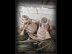 Sandalias Caqui de 0 a 3 meses - YouTube Crochet Baby Sandals, Booties Crochet, Crochet Baby Clothes, Baby Chucks, Crochet Baby Hat Patterns, Crochet Videos, Crochet For Kids, Crochet Tablecloth, Baby Knitting