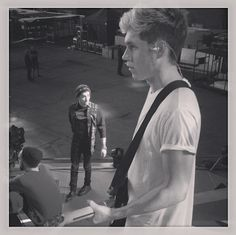 9 Amazing Behind-the-Scenes Pics From One Direction's 'Where We Are' Tour