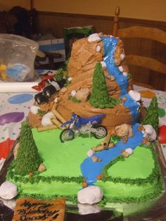 Four Wheeler On The Mountain Made This Cake For My Son Birthday Yellow Sheet Bottom Is Chocolate