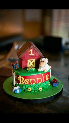 Barnyard 1st bday smash cake. Adorable! ! Deb's