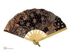 kipas tangan batik (indonesian batik fan)