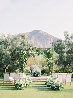Picture Perfect Paradise Valley Micro Wedding