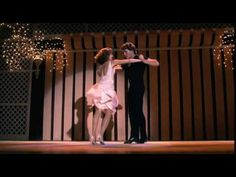 Dirty Dancing - Time of my Life (Final Dance) - This is Patrick Swayze and Jennifer Grey~wouldn't you like to be her?feel good with all the audience Jennifer Warnes, Patrick Swayze, Dirty Dancing, Guy Dancing, Good Music, My Music, Music Books, Bill Medley, Beste Songs