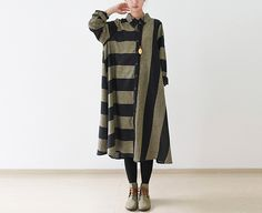 Robes longues, BLACK Cotton Linen Oversize Striped Shirt Dress est une création…