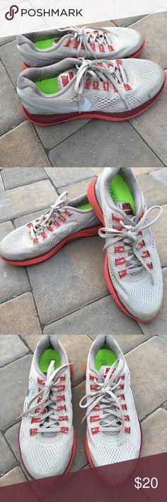 Nike lunarglide 4 size 7.5 Nike lunarglide 4 size 7.5 Nike Shoes