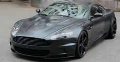Anderson Germany has prepared a new tuning program for the Aston Martin DBS, which was received on this occasion, in addition to name, Casino Royale (by one of the films of secret agent James Bond). This, Aston Martin DBS in the gray mat issue, among others, got a new exhaust system, increased motor (now 572 hp), a set of new 21-inch wh