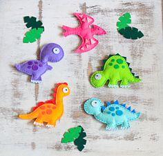 Fühlte mich hängen Spielzeug Set - Dinosaurier-Set - Packung mit 5 Stück von MiracleInspiration auf Etsy https://www.etsy.com/de/listing/162949384/fuhlte-mich-hangen-spielzeug-set
