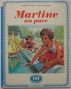 """La collection de livres """"Martine""""."""