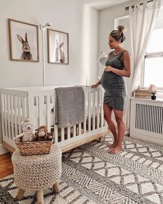 Decorate a Gender-Neutral Baby Nursery in Your Contemporary Home Baby Nursery Decor, Baby Decor, Girl Nursery, Girl Room, Project Nursery, Baby Animal Nursery, Babies Nursery, Nursery Bedding, Boy Nursery Rugs