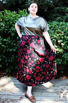 Plus Size - Vintage Blue Floral Button Front Midi Skirt (Size 18 ...