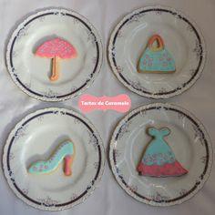 Galletas decoradas: vestido, zapato, bolso y paragüas