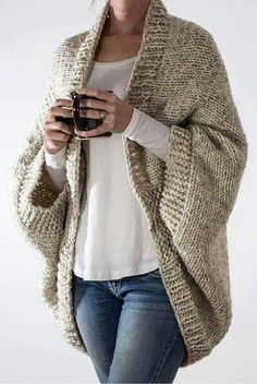 Cardigan En Maille, Cable Knit Hat, Cocoon Cardigan, Oversized Cardigan, How To Purl Knit, Knit Purl, Plus Size Sweaters, Sweater Knitting Patterns, Knitting Sweaters