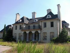 abandoned mansions | In Montclair, Everything Old is New Again » Abandoned McMansion