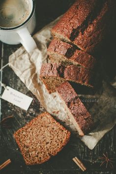 Oh man, do I love banana bread. so many different kinds to make in this article! Elegant Desserts, Just Desserts, Delicious Desserts, Yummy Food, Great Recipes, Favorite Recipes, Banana Bread Recipes, Love Food, Food To Make