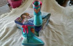 Toddler girls shoe size 7 Blue Disney Frozen faux fur lining winter boots bnwb in Clothing, Shoes & Accessories, Baby & Toddler Clothing, Baby Shoes | eBay