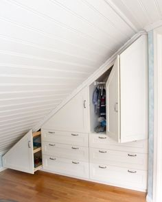 Smart wardrobe solution for nursery with sloping ceiling