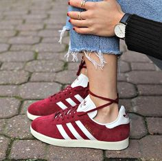 Adidas Campus burgundy. Shop now at CLEMMI! #style #fashion #ootd #clemmi #shoes