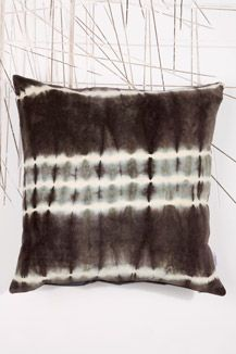 1000 images about au maison on pinterest velvet for Au maison cushion