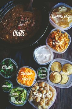 How to make a slow cooker chili bar for a party – Sweetphi How to make a slow cooker chili bar for a party – Sweetphi,Parties How to make a slow cooker chili bar. Chili Bar Party, Slow Cooker Chili, Pizza Bianca, Chili Cook Off, Cooking Chili, Brunch, Fall Recipes, Food And Drink, Yummy Food
