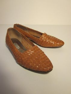 Brown Woven Leather Loafer Shoe by Nicole 6.5M