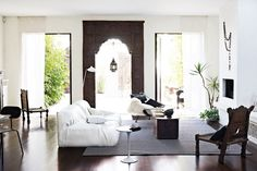 Melbourne home w Moroccan door
