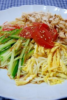 """""""Hand-made sauce Chilled summer noodles"""" - japanese recipe/タレも手作り!冷やし中華"""