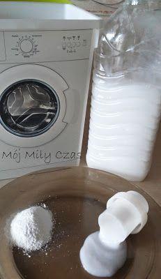 Wasz własny płyn do płukania prania - Ulica Ekologiczna Organization Of Life, Lava E Seca, Diy Cleaners, Laundry In Bathroom, Home Hacks, Interior Design Living Room, Room Interior, Cleaning Hacks, Washing Machine