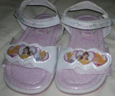 Hermosas Sandalias De Princesas Con Abrojo - $ 285,00 en MercadoLibre