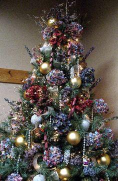Perennial Passion: Hydrangea Christmas Tree