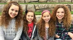 Haschak Sisters NEW Channel Annoucement! Hashtag Sisters, Sister Songs, Famous Youtubers, Sister Pictures, Star Clothing, Dance Choreography Videos, Youtube Stars, Cute Couple Videos, Star Girl