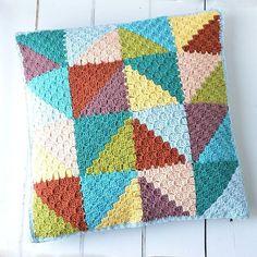 @lillabjorncrochet #mygrannysquares #instagram #crochet #crocheting #yarn #knitting #crochetsquare #blanket #instacrochet #crochetaddict #grannysquare #crocheted #örgü #crochê #crochetlove #haken #crochetblanket #crochetersofinstagram #knit #etsy #wool #handmade #قلاببافى #بافتنی #قلاب_بافى #كروشيه