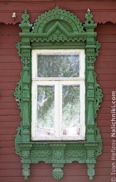 Traditional window frame (Nalichnik) from Egoryevsk, near Moscow, Russia #21