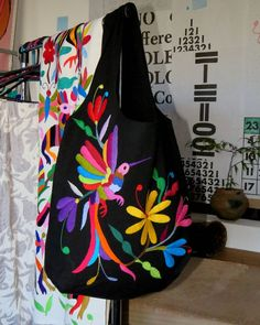 Photos tagged with Hand Embroidery Stitches, Hand Embroidery Designs, Embroidery Art, Cross Stitch Embroidery, Mexican Textiles, Mexican Embroidery, Scandinavian Folk Art, Carpet Bag, Diy Tote Bag
