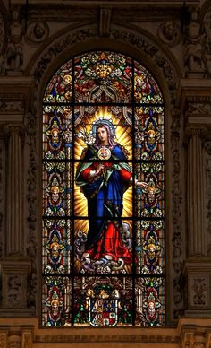 (Stained glass) Window in Cordoba Cathedral. Demythologising Our Lady Stained Glass Church, Stained Glass Art, Stained Glass Windows, Mosaic Glass, Catholic Art, Religious Art, Catholic Religion, Immaculée Conception, L'art Du Vitrail