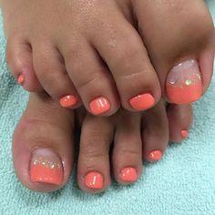 Fashion and Lifestyle Pretty Toe Nails, Cute Toe Nails, Fancy Nails, Gorgeous Nails, My Nails, Pedicure Nail Art, Pedicure Designs, Toe Nail Designs, Toe Nail Color