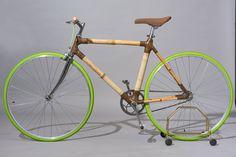 Il primo progetto di La.Boo è la 'Movimento Unico', una bicicletta realizzata con un telaio interamente in bambù, assemblato con fibre naturali a Km0.