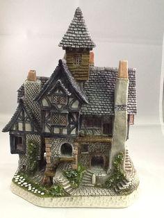 David Winter Aunt Marys Haunted House DWF04 NIB