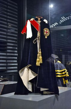 Garter Robes (1906) by Henry Poole & Co. at the Bowes Museum (Barnard Castle, County Durham) in 2013 (©Alison Toner)