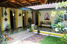 A typical south indian courtyard house Indian Interior Design, Indian Home Design, Kerala House Design, Courtyard House Plans, Courtyard Design, Village House Design, Village Houses, Ethnic Home Decor, Indian Home Decor