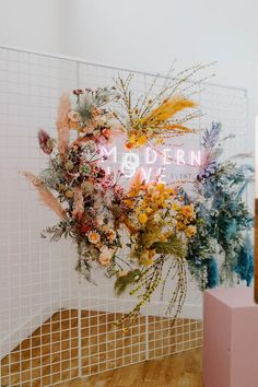 The biggest 2019 wedding trends spotted at Modern Love Event San Diego - 100 Layer Cake Marie's Wedding, Wedding Trends, Floral Wedding, Wedding Bouquets, Wedding Signs, Green Wedding, Wedding Ideas, Casual Wedding, Colourful Wedding Flowers