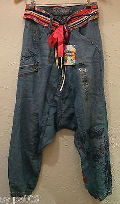 Sarouel jeans Brodé DESIGUAL DENIM CONCHA Nouvelle Collection Printemps Eté 2014 - what are my chances of finding these?