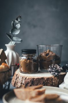 Chestnut cream with maple syrup - gifts from the kitchen - Chestnut cream with maple syrup – gifts from the kitchen - Cinnamon Cream Cheese Frosting, Cinnamon Cream Cheeses, Cupcake Recipes, Snack Recipes, Chestnut Cream, Maple Syrup Recipes, Maple Cream, Cake Games, Pumpkin Spice Cupcakes