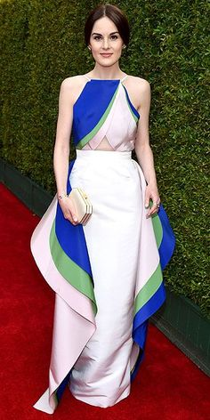 Michelle Dockery on the red carpet | Emmys 2014